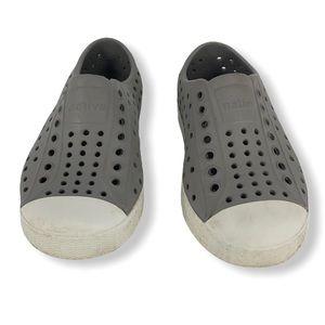 Native Gray/White Jefferson Rubber Shoe size C8